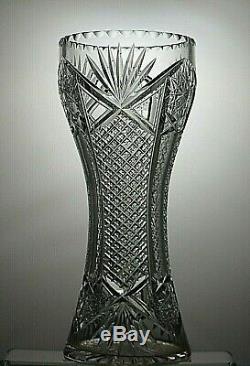 Beautiful Design Heavy Lead Crystal Cut Glass Vase 12 Tall