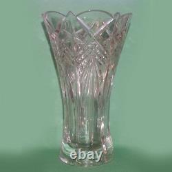Crystal vase 9.75 Tall 5.5 Openning Diameter Cut Pattern