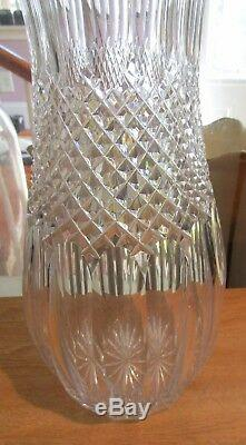 Impressive 18 Contemporary Cut Glass Crystal Vase
