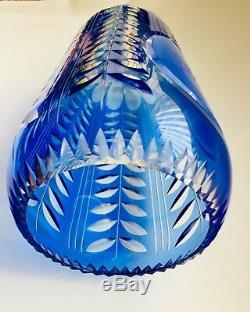 Ukranian Cameo Shevchenko Portrait Diamond Cut Blue To Clear Large Crystal Vase