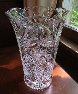 Vintage Beautiful Stunning Design Etched Cut Glass Heavy Crystal Vase